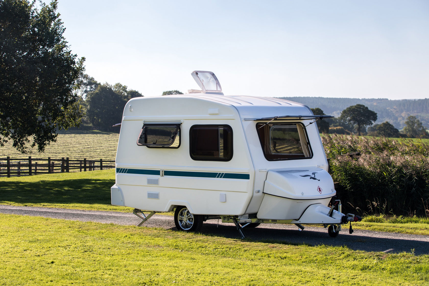 freedom-caravans-sunseeker-classic-three-berth